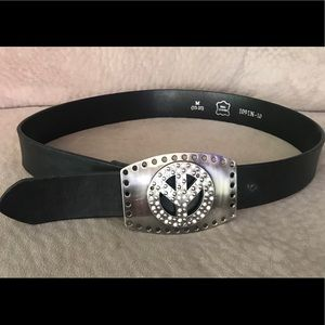 Accessories - 💥Peace-sign real leather black belt💥